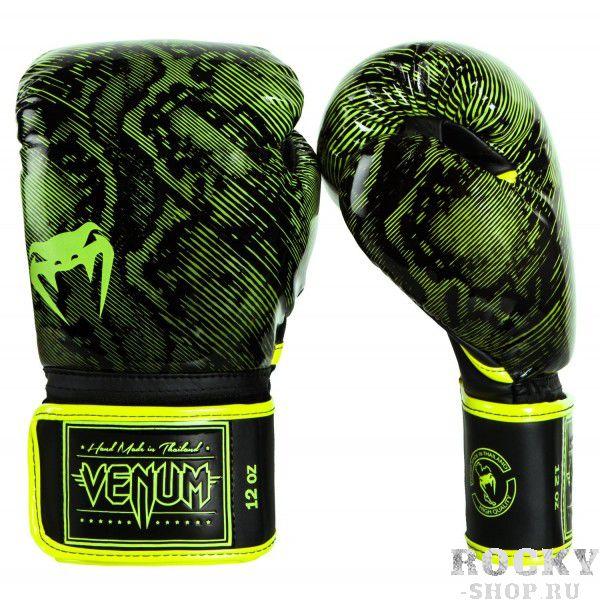 Перчатки боксерские Venum Fusion Yellow, 10 oz VenumБоксерские перчатки<br>Перчатки боксерские Venum Fusion Yellow изгтовлены вручную из премиальной синтетической кожи Skintex. Усиленные швы и внутренняя подкладка обеспечивают долговечность и комфорт при любых ударах. Пена высокой плотности обеспечивает улучшенную амортизацию при ударах. Большой палец надежно защищен. Оригинальный и яркий дизайн. Особенности:- cделано в Тайланде- ручная работа- трехслойная внутрення пена высокой плотности- защита большого пальца<br>