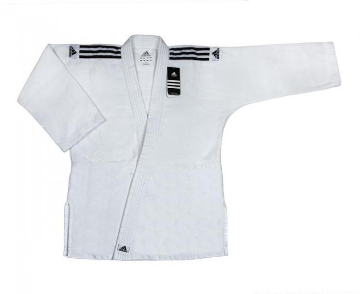 Детское кимоно для дзюдо Training белое, 150 см AdidasДля дзюдо<br>Кимоно для дзюдо adidas Training белое. Кимоно для дзюдо.         Легкая, гибкая и очень прочная мелкозирнистая ткань.       Специально усиленные места в областях с высокой нагрузкой.       Плотность: 500 грамм на метр квадратный.       Материал: 100%-хлопок.<br>