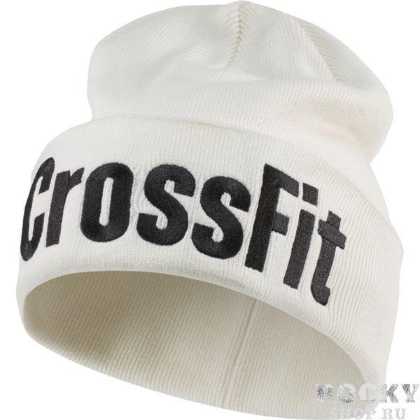 Шапка Reebok CrossFit ReebokШапки<br>Шапка Reebok CrossFit. Шапка из коллекции CrossFit — идеальный вариант для тренировок на свежем воздухе и прогулок по городу. Мягкая двойная вязка надежно защищает от холода, а вышитый принт заявляет о твоей приверженности активному образу жизни. Cтильная шапка от Reebok. Размер - универсальный. Состав: акрил.<br>