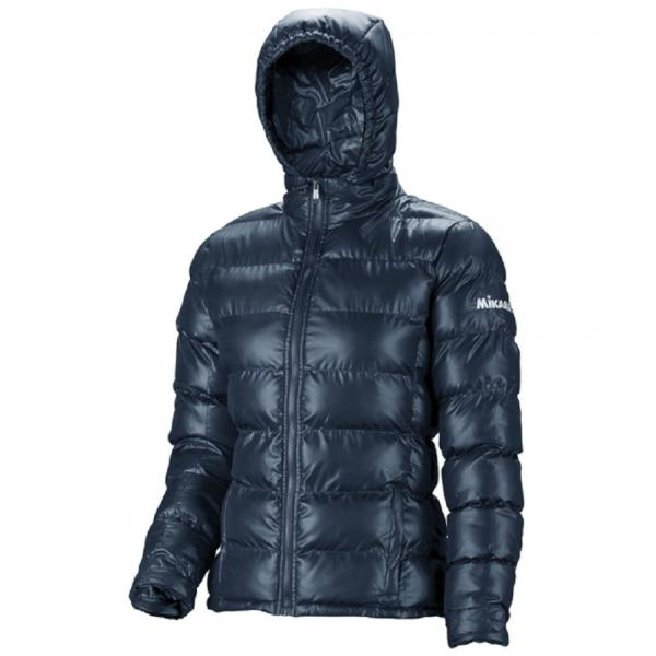 MIKASA MT185 0036 HANA Куртка W MikasaКуртки / ветровки<br>Куртка MIKASA MT185 0036 HANA W•Женская утепленная куртка на молнии изготовлена из полиэстера. •Куртка отлично согреет вас в прохладный осенний период. •Высокий ворот и капюшон позволяют быть защищенным в дождь и ветер. •Манжеты с резинкой не пропускают холодный ветер в рукава. •На левом рукаве вышит логотип бренда.<br><br>Размер INT: M