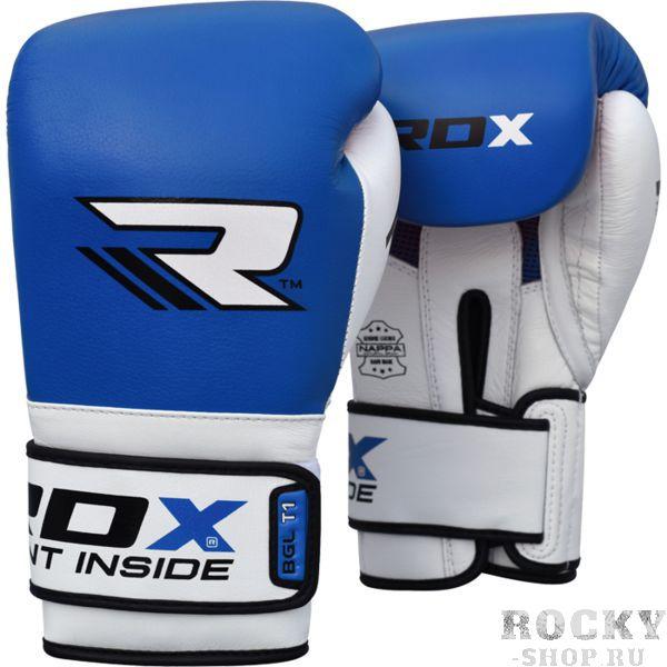 Боксерские перчатки RDX, 10 oz RDXБоксерские перчатки<br>Боксерские перчатки RDX. Перчатки для бокса RDX сделаны из высококачественной натуральной кожи КРС. Многослойная пена и гелевая вставка снижают силу, тем самым защищая Ваши суставы рук от травм. Формованный пенополиуретан концентрирует основной вес перчаток в наиболее активной области нанесения ударов, а не в запястье или большом пальце. Тканевая вставка на ладони даёт некоторый приток воздуха, что бы рука меньше потела во время тренировки. Так же эта вставка необходима для проветривания и просушивания перчаток после их использования. Удлиненный манжет обеспечивает дополнительную фиксацию кисти для лучшей защиты во время тренировки. Компания RDX регулярно поставляет данную модель в топовые британские боксерские залы. Качество этого продукта предопределило выбор многих профессионалов. В общем - вместо тысячи слов наша компания предлагает Вам уникальную возможность попробовать этот продукт лично.<br>