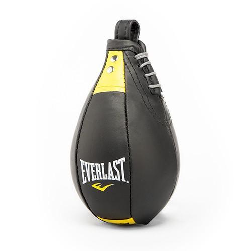 Груша профессиональная Complete Pro Kangaroo Leather, 10 x 7 (26 x 18) EverlastСнаряды для бокса<br>Kangaroo Leather Speed Bag - это профессиональная скоростная груша от компании Everlast. Уникальный дизайн и оптимальная балансировка груши обеспечивает высокую степень функциональности, что позволяет проводить тренировки с максимальной отдачей. В то же время, применение высококачественной кожи кенгуру во время изготовления, делает ее самой легкой, и, в тоже время, самой прочной скоростной грушей на сегодняшний день. Kangaroo Leather Speed Bag - выбор профессиональных спортсменов!<br>