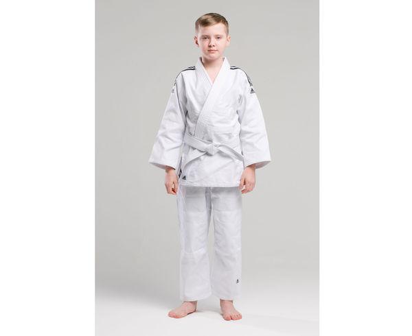 Купить Кимоно для дзюдо с поясом Club белое черными полосками Adidas (арт. 13715)