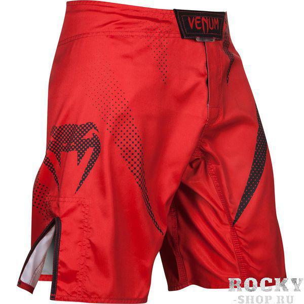 Шорты Venum Jaws Fightshorts - Red VenumШорты ММА<br>Наслаждайтесь стилем и качеством шорт ММАVenum Jaws. Прочные и удобные, безусловно подходят для самых сложных боев и интенсивных тренировок. Особенности:- ультра-легкаямикроволокнистая ткань из полиэстера- сетчатые панели для оптимальной терморегуляции- тройная застежка для надежной фиксации- усиленные швы- быстро сохнут- рисунок встроен в ткань и никогда не повредится<br><br>Размер INT: L