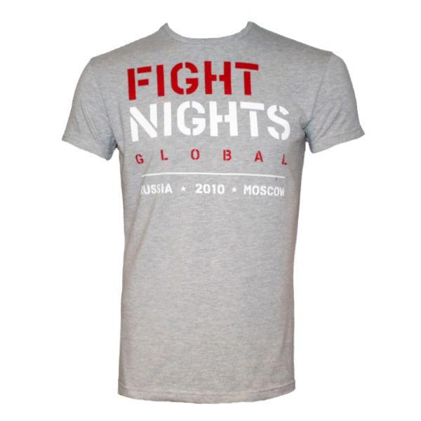 Футболка Fight Nights Global, светло-серая Fight NightsФутболки<br>Новинка от компании Fight Nights! Футболка великолепного качества пошива, выполненная из хлопка с добавлением эластина, для поддержания формы футболки. Серия футболок Global выполнена в классических цветах Fight Nights. На плече расположена вышивка с фирменным логотипом, способ нанесения принта позволяет сохранять насыщенность цвета и целостность рисунка после многократных стирок. Футболка выполнена из ткани меландж, которая имеет особую фактуру, состоящую из нескольких цветов.<br><br>Размер INT: XL