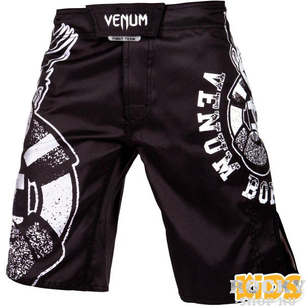 Шорты детские Venum Born To Fight Kids Black/White VenumСпортивные штаны и шорты<br>Шорты детские Venum Born To Fight Kids Black/White - помощник в развитии потенциала Вашего ребенка!100% полиэстер с усиленной строчкой гарантирует максимально возможную износостойкость. Удобная современная липучка для быстрой фиксации. Оригинальный, причудливый дизайн обязательно понравится маленьким чемпионам. Особенности:- 100% полиэстер- удобная быстрая липучка для фиксации- дизайн сублимирован в волокно- усиленные швы- сделано в Китае<br><br>Размер INT: 8 лет