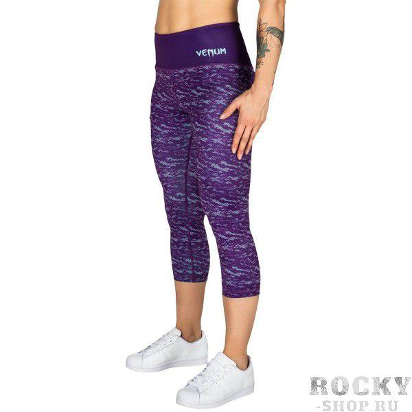 Бриджи компрессионные Venum Camoline Dark Purple/Light Latigo VenumКомпрессионные штаны / шорты<br>Бриджи компрессионные Venum CamolineDark Purple/Light Latigoобеспечивают модный и спортивный вид.Их эластичная ткань и спортивный крой позволяет свободно и комфортно двигаться, сохраняя полный спектр движений.Эластичный пояс дает хорошую поддержку талии во время самых интенсивных физических упражнений.Современный камуфляжный дизайн.Особенности:- 87% полиэстер/13% спандекс- мягкая и эластичная ткань для комфорта- спортивный анатомический крой- эластичный пояс- сделано в Китае<br>