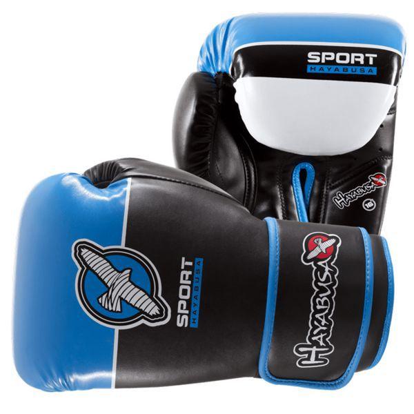 Боксерские перчатки Hayabusa Sport Line, 16 oz HayabusaБоксерские перчатки<br>Боксерские перчатки Hayabusa Sport Line 8oz. Многие на рынке заждались высокотехнологичных и качественных новинок от всемирно известного бренда Hayabusa! И вот, наконец, мы с гордостью представляем Вашему вниманию новинку и абсолютный хит от Hayabusa - сверхсовременная серия тренировочных перчаток Hayabusa Sport. На этот раз компания решила сделать широкую линейку перчаток, среди которой как начинающие , так и опытные бойцы самого разного возраста и весовых категорий смогут найти модель именно под себя. Перчатки выполнены в разных цветовых решениях и весах от 8 до 16 унций. Перчатки оборудованы поролоновой трехслойной подкладкой, которая призвана обеспечить максимальное антишоковое воздействие - поглощение ударов происходит незаметно для бойца и защищает от энергетической дисперсии. Перчатки оборудованы системой крепления на липучках, что позволяет их полностью настроить под себя. Хорошая фиксация запястья позволит избежать случайных травм. Система фиксации настолько удобна, что одевать и снимать эти перчатки стало еще удобнее и быстрее. Печатки Hayabusa Sport снабжены современной системой вентиляции и отвода влаги. Внутренняя подкладка выполнена из мягких современных материалов, которые не впитывают неприятные запахи и не доставляют неудобств обладателю даже в самых экстремальных ситуациях. Эти перчатки позволят Вам отрабатывать и улучшать раз за разом свою технику. Перчатки выполнены из 100% искусственной износостойкой кожи. Эти перчатки прекрасно подойдут как для кикбоксинга, так и для отработки ударов на груше и спаррингов.<br>