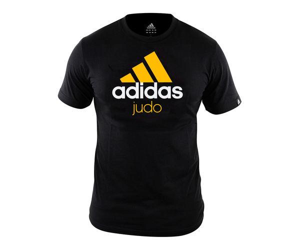 Футболка детская Community T-Shirt Judo Kids черно-оранжевый AdidasФутболки / Майки / Поло<br>Стильная детская футболкаиз эксклюзивной линейки adidasCOMBAT SPORT &amp; MARTIAL ARTS. Классика спортивного стиля, которая никогда не выходит из моды. Изготовленаиз ткани climalite®, которая эффективно отводит влагу от тела во время тренировки. На лицевой сторонекрупный контрастный логотип adidas и надпись JUDO. Удобный рифленый воротЭксклюзивная линейкаCOMBAT SPORT &amp; MARTIAL ARTSТкань сlimalite® отводит влагу с поверхности кожиРифленый круглый воротКлассический кройКрупный контрастный логотип adidas на лицевой сторонеНадпись JUDOСостав: 100% хлопок<br><br>Размер INT: рост 164 см