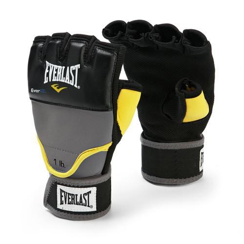 Перчатки для боя с тенью Everlast гелевые с утяж. (0,45 кг) EverlastУтяжелители<br>Тренировочные перчатки, предназначенные для боя с тенью. Ключевые особенности: Инновационная спецтехнология Evergel™ превосходно смягчает удары и защищает суставы пальцев, Обмотки с застежкой на липучке позволяют кастомизировать перчатки по вашей руке, а также обеспечивают самую высокую фиксацию предплечья, Съемный вес (порядка 450 грамм) располагается на тыльной стороне ладони в специальном безопасном кармашке.<br>