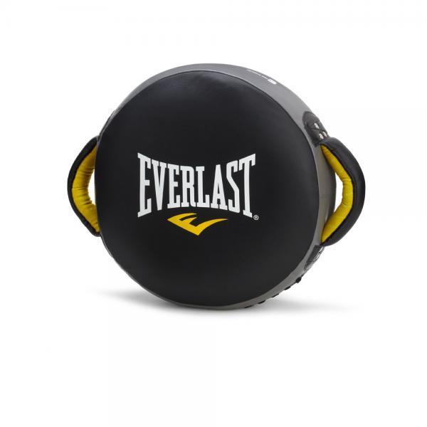 Макивара Punch черн. EverlastЛапы и макивары<br>Everlast C3 Pro Strike Shield - это крепкая и комфортабельная подушка для проработки ударов ручным трудом, ногами и коленом, созданная для активных и жестких занятий спортом. Уникальный пенистый наполнитель C3 Foam™ с безболезненностью смягчает самые тяжелые пинки, в то же в ходе позволяя свободно маневрировать и работать с разными ударными зонами.C3 Pro Strike Shield сделана из высококачественной 100% кожи, что гарантирует ей огромный запас долговечности и наивысшую долговечность. Боковые ручки дополнительно укреплены заклепками и подбиты пенным наполнителем.<br>