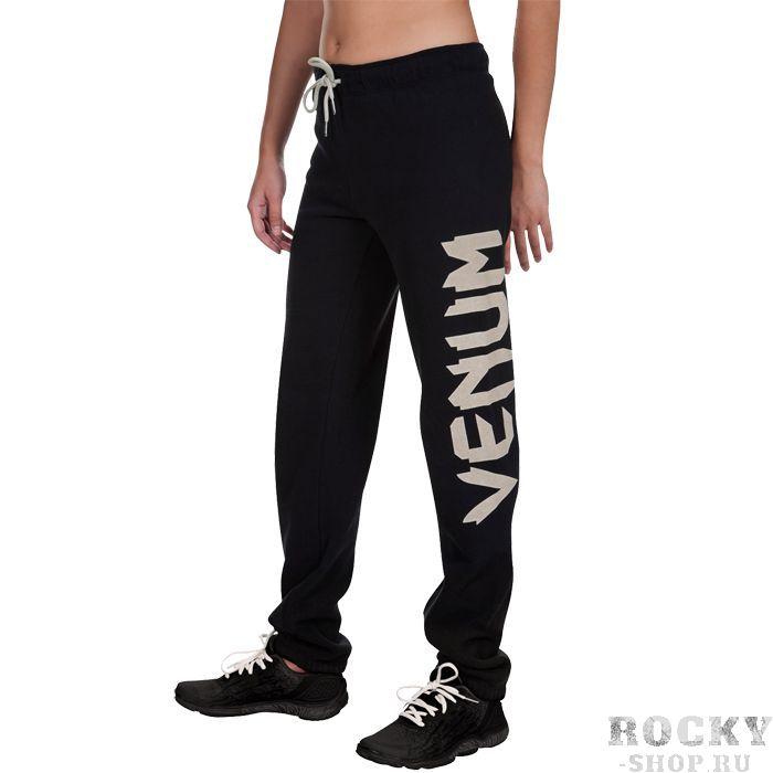 Женские спортивные штаны Venum Infinity VenumСпортивные штаны и шорты<br>Женские спортивные штаны Venum Infinity. Легкие и удобные штаны для тренировочного процесса и прогулок. Данные штаны можно охарактеризовать двумя словами: качество и стиль. Состав: 96% хлопок, и 4% эластан. Уход: Машинная стирка в холодной воде, деликатный отжим, не отбеливать.<br><br>Размер INT: XS