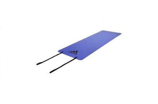 Тренировочный коврик (мат) для фитнеса Adidas, лиловый AdidasКоврики для йоги<br>Мат для фитнеса adidas толщиной 6мм идеален для разминки и завершающей растяжки при занятиях фитнесом. Нескользящее покрытие удерживает мат на месте. Представлен в лиловом и оранжевом цветах, имеет небольшой вес и очень удобен для переноски.<br>