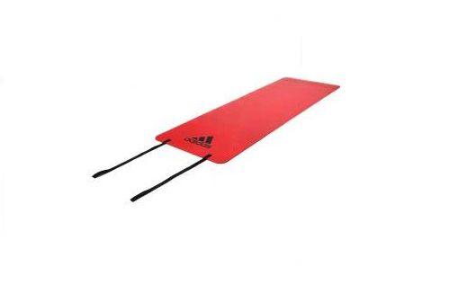 Тренировочный коврик (мат) для фитнеса Adidas, оранжевый AdidasКоврики для йоги<br>Мат для фитнеса adidas толщиной 6мм идеален для разминки и завершающей растяжки при занятиях фитнесом. Нескользящее покрытие удерживает мат на месте.Представлен в лиловом и оранжевом цветах, имеет небольшой вес и очень удобен для переноски.<br>