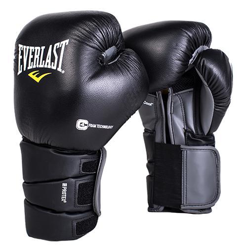 Перчатки боксерские Everlast Protex3, 12 OZ EverlastБоксерские перчатки<br>Боксерские перчатки Protex 3 Hook &amp; Loop Training Gloves одни из самых продвинутых! Абсолютная защита ударной поверхности кулака, позволяет тренироваться в полную силу даже по самым тяжелым мешкам. Анатомическая манжета с пенным наполнителем гарантирует наилучшую защиту предплечья. Снабжены сменным эластичным чехлом, который предотвращает травмы во в ходе занятий спортом. Натуральная премиальная кожа гарантирует самую высокую защиту и увеличивает время службы перчаток. Идеальны для спаррингов, работы по мешкам и лапам.<br>