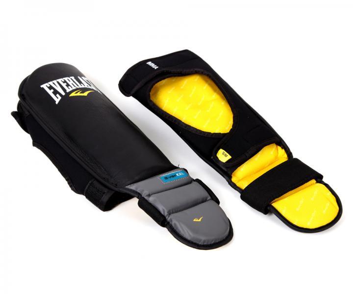 Защита голени и стопы Everlast GEL Grappling EverlastЗащита тела<br>Легкие и комфортные наголенники Pro Stand-Up Shin In- Step Guards предназначены для занятий спортом по MMA (Смешанным боевым искусствам). Инновационная спецтехнология EverGel™ гарантирует первоклассную смягчение ударов и самую высокую защиту голени, в то в ходе как застежки на липучках позволят кастомизировать наголенники под ваш размер. Изготовлены из кожи наивысшего качества, что гарантирует большой запас долговечности и долговечности.<br><br>Размер: SM