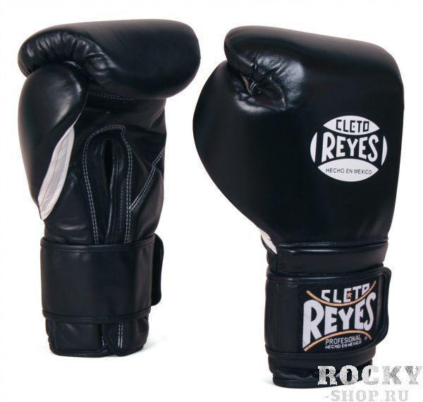 Перчатки боксерские на липучке, 6 унций Cleto ReyesБоксерские перчатки<br>Изготовлены из козьей кожи и композитов исключительного качества<br> Водоотталкивающая подстежка из нейлона защищает обивку от пота<br> Удлинненный манжет и липучка гарантирует удобство крепления и защищает запястье от повреждений<br> Наполнение латексной пеной<br> Конструкция большого пальца защищает от попаданий в глаз, повреждений суставов, повреждений костей и гарантирует защиту пальца<br><br>Цвет: Черный