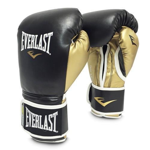 Перчатки тренировочные Everlast Powerlock, синтетическая кожа, 14 OZ EverlastБоксерские перчатки<br>Эта младшая модель в линейке Powerlock, изготавливается из синтетической кожи. Благодаря пенному наполнителю, выложенному по технологии Powerlock обеспечивается идеальный баланс между силой удара и защитой от травм! Эргономический дизайн перчатки позволяет руке принимать правильную и удобную форму кулака, делая удар быстрым и безопасным одновременно. Предназначены для спаррингов, а также для работы на снарядах и лапах.<br><br>Цвет: черн/золотые