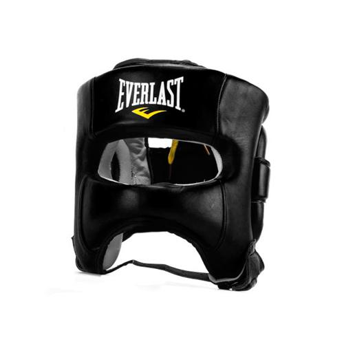 Боксерский шлем с бампером Everlast Elite, Черный EverlastБоксерские шлемы<br>Революционная конструкция, которая сочетает в себе превосходный комфорт и защиту с максимальной функциональностью. Форма этого боксерского шлема была разработана для исключительного обзора. Технология Evershield и дополнительная защитная накладка усиливают безопасность во время тренировок и спаррингов. Сделан из натуральной кожи.<br><br>Размер: SM