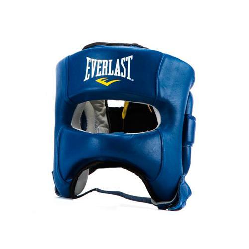 Боксерский шлем с бампером Everlast Elite, Синий EverlastБоксерские шлемы<br>Революционная конструкция, которая сочетает в себе превосходный комфорт и защиту с максимальной функциональностью. Форма этого боксерского шлема была разработана для исключительного обзора. Технология Evershield и дополнительная защитная накладка усиливают безопасность во время тренировок и спаррингов. Сделан из натуральной кожи.<br><br>Размер: LXL