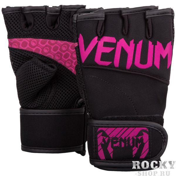 Жимовые перчатки Venum VenumПерчатки для фитнеса<br>Атлетические перчатки Venum. Лёгкие и дышащие перчатки для тяжелой атлетики. Перчатки изготовлены из современных прочных материалов. На ладони и основных фалангах сделаны дополнительные вставки, обеспечивающей мягкость и комфорт во время работы с железом (а так жетурниками, брусьями), которые предотвращают огрубение ладони и появление мозолей.<br><br>Размер: S/M