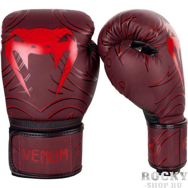 Перчатки боксерские Venum Nightcrawler Red, 14 унций VenumБоксерские перчатки<br>Перчатки боксерские Venum Nightcrawler Red изготовлены вручную из премиальной синтетической кожи Skintex. Усиленные швы и внутренняя подкладка обеспечивают долговечность и комфорт при любых ударах. Пена высокой плотности обеспечивает улучшенную амортизацию при ударах. Большой палец надежно защищен. Оригинальный и яркий дизайн. Особенности:- cделано в Китае- трехслойная внутренняя пена высокой плотности- защита большого пальца<br>