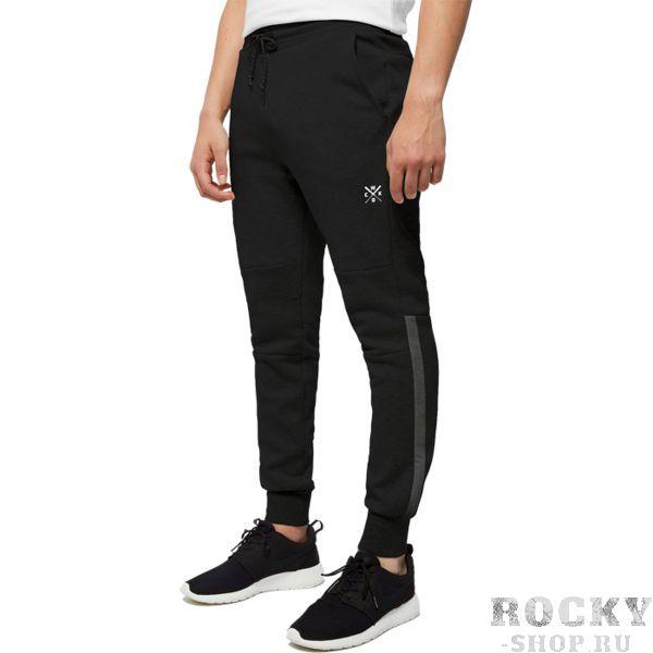 Спортивные штаны Wicked One Futura Black Wicked OneСпортивные штаны и шорты<br>Штаны спортивные Wicked One Futura Black. - Хлопок 300 грамм. - Боковые и задний карманы.<br><br>Размер INT: XL