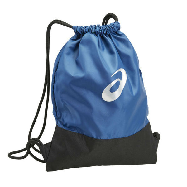 Сумка-мешок для обуви ASICS 133224 8130 TR CORE GYM SACK  AsicsСпортивные сумки и рюкзаки<br>Сумка-мешок для обуви ASICS 133224 8130 TR CORE GYM SACK•Сумка-мешок для спортивной обуви, сменной одежды или полотенца выполнена на 100% из полиэстера. •Технологичный прочный материал обладает отличными влагоотводящими свойствами. •Светоотражающие элементы для повышения уровня безопасности передвижения в темное время суток. •Размеры (Ш х В): 36 х 46 см.<br>