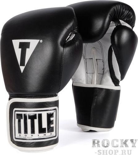 Перчатки тренировочные TITLE PRO STYLE, 16 OZ TITLEБоксерские перчатки<br>Многослойный пенный наполнитель, обеспечивает отличную защиту рук. Перчатки для прочности и долговечности с внешней ударной стороны выполнены из высококачественной натуральной кожи! Удобное крепление на ремне с липучкой и полным оборотом вокруг кисти, великолепно фиксирует кисть. Во внутренней части использован водоотталкивающий материал обеспечивающий прохладу рукам во время тренировки.<br>
