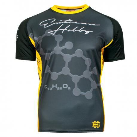 Футболка для бега RAPID (желтый) Extreme HobbyФутболки<br>Исключительного качества футболки для бега и тренировок, с системой терморегуляции, разработаны чтоб служить в качестве первого слоя одежды во время тренировки в теплые и солнечные дни. Современный материал прекрасно отводит влагу и обеспечивает вентиляцию телу, вызывая охлаждающий эффект. Легкая и приятная на ощупь, прилегает к телу, гарантируя полную свободу движений и максимальный комфорт в ходе физической активности. 100% полиэстер.<br><br>Размер INT: M
