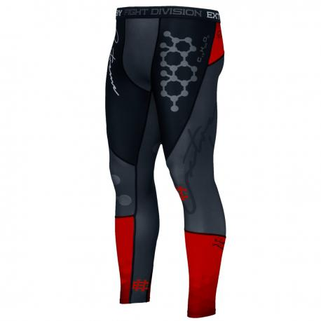 Штаны компрессионные rapid (красный) Extreme HobbyКомпрессионные штаны / шорты<br>Леггинсы изготовлены из высококачественного материала. Водоотталкивающая ткань оставляет тело сухим, а мышцы разогретыми. Логотипы нанесены по технологии сублимации, благодаря чему рисунок не трескается и не царапает тело. Специальная резинка на талии предотвращает соскальзываение во время боя.<br><br>Размер INT: XL