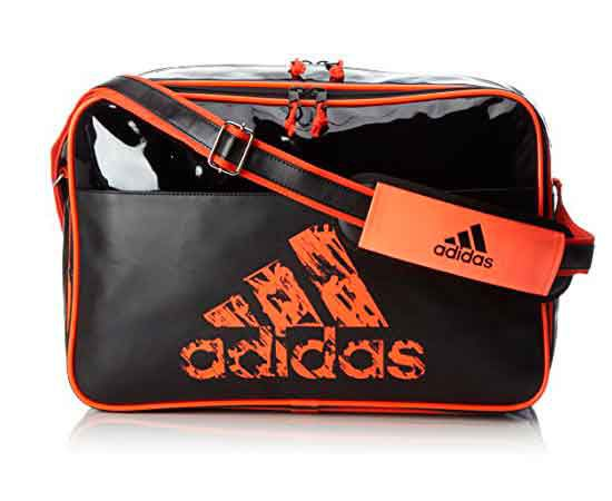 Сумка спортивная Leisure Messenger S черно-оранжевая AdidasСпортивные сумки и рюкзаки<br><br><br>Размер: S