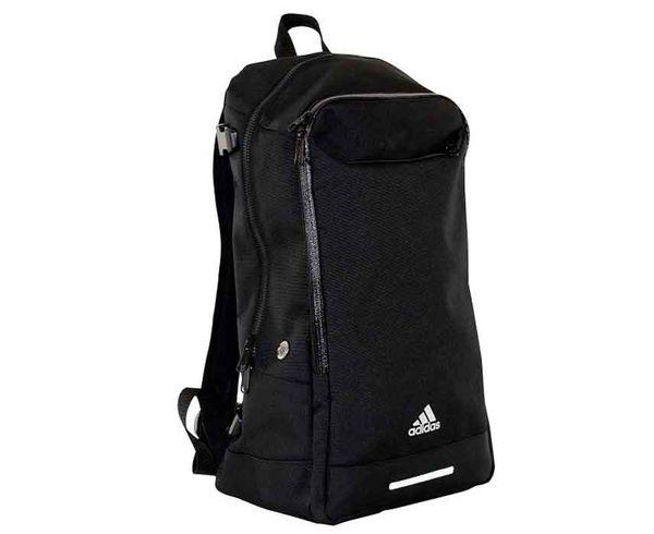 Рюкзак Training Backpack черный AdidasСпортивные сумки и рюкзаки<br>Небольшой , удобный рюкзак для тренировок и повседневного использования.<br>