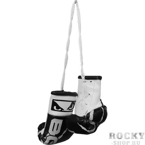 Сувенирные боксерские перчатки Bad Boy Bad BoyСувенирная продукция<br>Сувенирные боксерские перчатки Bad Boy. Вес брелока: 31гр.<br>