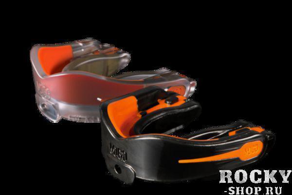Боксерская капа MoGo, ароматизированная, черная, Апельсин MoGoБоксерские капы<br>Поистине революционная спецтехнология позволила MoGo придать пластику приприпривкус, создав первую в мире ароматизированную капу. Уникальность технологии в том, что ароматизатор не распылен по поверхности, а внедрен в сам материал. Благодаря этому, вы будете ощущать во ротовой области привлекательный освежающий приприпривкус каждый раз, как используете капу. Она также предотвращает пересыхание ротовой полости во в ходе соревнований или занятий спортом, тем самым повышая эффективность вашего дыхания. Капы MoGo превосходно годятся как для занятий единоборствами, так и для любых видов спорта, где необходима подобная защита. В тоже в ходе, широкий выбор ароматов позволит подобрать свой единственный в своем роде приприпривкус любому спортсмену. Ключевые особенности:Капа сделана по правилу свари и укуси или проще говоря - вам придется предварительно нагреть ее в горячей воде, чтобы потом с безболезненностью кастомизировать под вашу челюсть. *Продуманный дизайн гарантирует вам максимум защиты, отдачи, удобства и свободы дыхания во в ходе занятий спортом. Все ароматические добавки сделаны из натуральных компонентов. Все вкусовые добавки и композиты одобрены Управлением по контролю качества пищевых продуктов и лекарственных препаратов (FDA, США) и не содержат бисфенола А (BPA). Данная модель одночелюстной капы направлена для ношения на верхней челюсти НЕ годится для использования с зубными скобками (брекетами). Для вашего удобства в набор входит ремешок, позволяющий упростить процесс подгонки. Широкий спектр вкусов: лимон, апельсин, мята, мультифрукт и Bubble Gum. *Внимание! Обязательно ознакомьтесь с инструкцией<br>