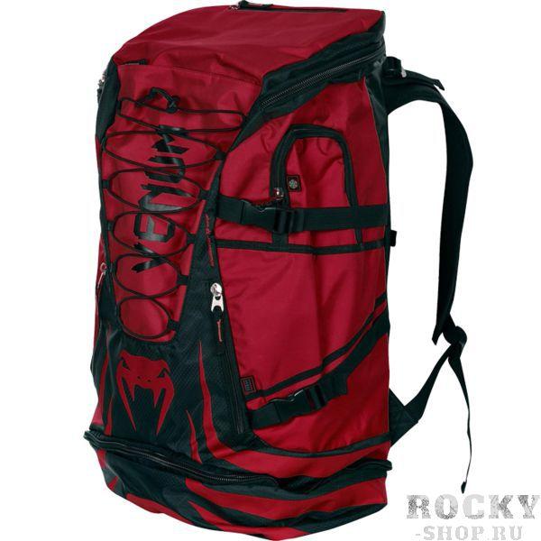 Рюкзак Venum Challenger Xtreme VenumСпортивные сумки и рюкзаки<br>Рюкзак Venum Challenger Xtreme. Это не просто рюкзак, а трансформируемая сумка для самой различной экипировки. Просто откройте дополнительный отсек и Вы можете унести весь свой инвентарь и экипировку, включая даже шингарды! Специальная передняя панель была добавлена для обеспечения большей вентиляции и отвода неприятных запахов. Сумка пропитана антибактериальным составом, что предотвращает размножение микробов. Обратите внимание на карман-холодильник, который способен сохранить ваш напиток в прохладном состоянии в течение продолжительного времени. Также рюкзак снабжен большим количеством дополнительных карманов и отделений разного размера. Например: флисовый карман, который предохраняет от царапин Ваш мобильный телефон и скрытый карман для MP3-плеера. Несколько ремней, расположенный на корпусе сумки позволяют стянуть ее до необходимого размера так, чтобы вещи внутри были жестко зафиксированы во время ходьбы. Регулируемые плечевые ремни выполнены из мягкой пены и никогда не доставят какого-либо неудобства своему владельцу. К тому же новейшие материалы обеспечивают высокий уровень комфорта и снимают любое напряжение и нагрузку с плечевого пояса. Габариты: 35x63x24см и 35x88x24см (в развёрнутом состоянии).<br>