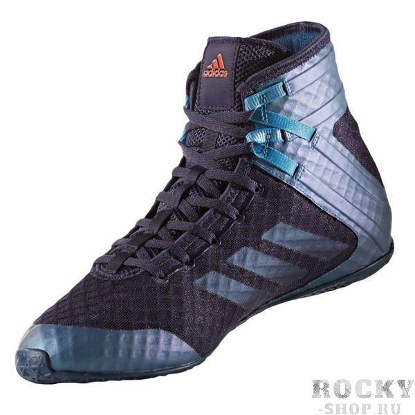 Боксерки Speedex 16.1 темно-синие AdidasБоксерки<br>Боксерки Adidas Speedex 16. 1 разработаны для достижения феноменальных результатов в боксе, эта ультра легкая боксерская обувь обеспечивает надежную фиксацию и защиту ног во время соревнований и тренировок. Инновационные ремешки вокруг лодыжки дают дополнительную поддержку без какой-либо потери скорости. Цельная и анатомическая подошва по известной технологии AdiWear прочно удержит на ногах во время резких атак на любой поверхности. Однослойная сетка придает данной модели максимальную воздухопроницаемость.<br><br>Размер INT: 42.5 [UK 9.5]