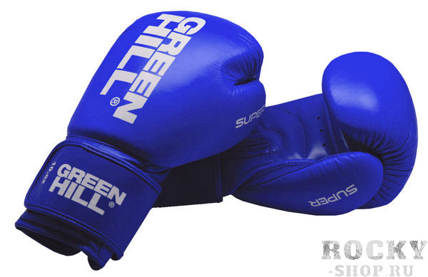 Боксерские перчатки Green Hill super, 12 OZ Green HillБоксерские перчатки<br>Боксерские перчатки SUPER для классического бокса и кикбоксинга разработаны совместно с Федерацией Бокса России. Перчатки имеют современную конструкцию, учитывающую весь накопленный за годы существования опыт бокса. Большой палец перчатки прикрыт выступом, обеспечивая защиту пальца от компрессии при сильном ударе или неточном попадании. Манжет перчаток выполнен так, чтобы в клинче была исключена возможно рассечения выступающими швами перчатки. Материал перчаток - верх из натуральной кожи, ладонь из 100% PU. Наполнитель - предварительно сформированный по технологии Pre-Shape пенополиуретан.<br><br>Цвет: Синие