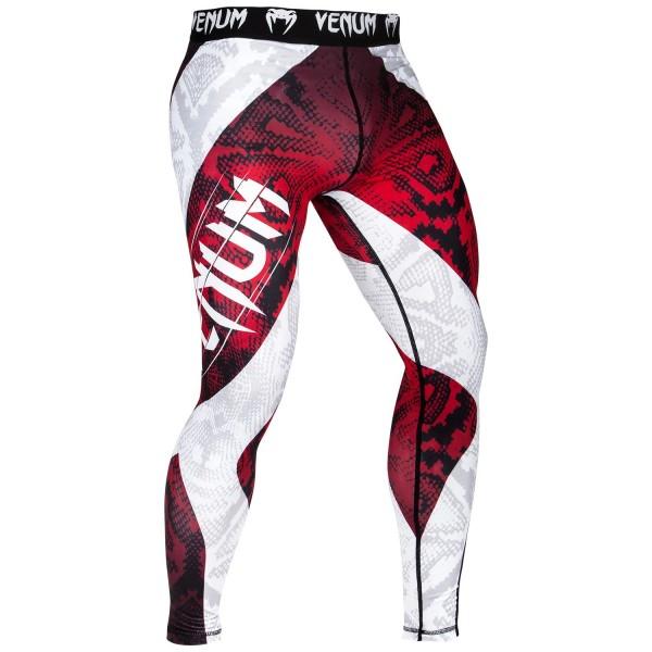 Компрессионные штаны Venum Amazonia 5.0 Red VenumКомпрессионные штаны / шорты<br>Компрессионные штаны Venum Amazonia 5. 0 Red: почувствуй себя диким зверем. Борись, как король джунглей, в оригинальном рашгарде Venum Amazonia 5 Dry Tech. Повышай свою выносливость и восстанавливайся быстрее благодаря компрессионной технологии Venum. Превзойди пределы человеческих возможностей!87% полиэстер и 13% спандекс: ткань, известная своей эластичностью и прочностью. Компрессионная технология Venum улучшает кровообращение мышц и ускоряет процесс восстановления. Технология Venum Dry Tech обеспечивает оптимальный контроль температуры тела. Рисунок сублимирован в ткань для повышения его износостойкости. Особый эргономичный покрой рашгарда не оставляет шансов противнику. Усиленные швы.<br><br>Размер INT: S