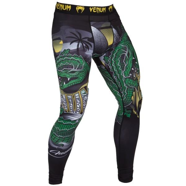 Компрессионные штаны Venum Crocodile Black/Green VenumКомпрессионные штаны / шорты<br>Компрессионные штаны Venum Crocodile Black/Green: стань супер-хищником. Сокруши своих соперников в грозном рашгарде Venum Crocodile Dry Tech. Повысь свою выносливость благодаря, компрессионной технологии Venum и стань неутомимым хищником на ринге. 87% полиэстер и 13% спандекс: ткань, известная своей эластичностью и прочностью. Компрессионная технология Venum улучшает кровообращение мышц и ускоряет процесс восстановления. Технология Venum Dry Tech обеспечивает оптимальный контроль температуры тела. Рисунок сублимирован в ткань для повышения его износостойкости. Особый эргономичный покрой рашгарда не оставляет шансов противнику. Усиленные швы.<br><br>Размер INT: XS