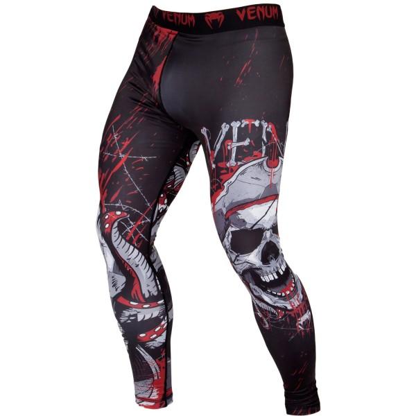 Компрессионные штаны Venum Pirate 3.0 Black/Red VenumКомпрессионные штаны / шорты<br>Компрессионные штаны Venum Pirate 3. 0 Black/Redпревратит тебя в настоящего пирата!Комфортное сжатие поддержит твои мышцы в тонусе и повысит производительность!Технология Dry tech поможет тебе регулировать температуру тела и выводить пот наружу. Шелкографический рисунок в виде кровавого черепа придаётКомпрессионным штанамPirate 3. 0 яркий дизайн, который поразит твоего соперника. 87% полиэстер и 13% спандекс: ткань, известная своей эластичностью и прочностью. Компрессионная технология Venum улучшает кровообращение мышц и ускоряет процесс восстановления. Технология Venum Dry Tech обеспечивает оптимальный контроль температуры тела. Рисунок сублимирован в ткань для повышения его износостойкости. Особый эргономичный покрой рашгарда не оставляет шансов противнику. Усиленные швы.<br><br>Размер INT: XL