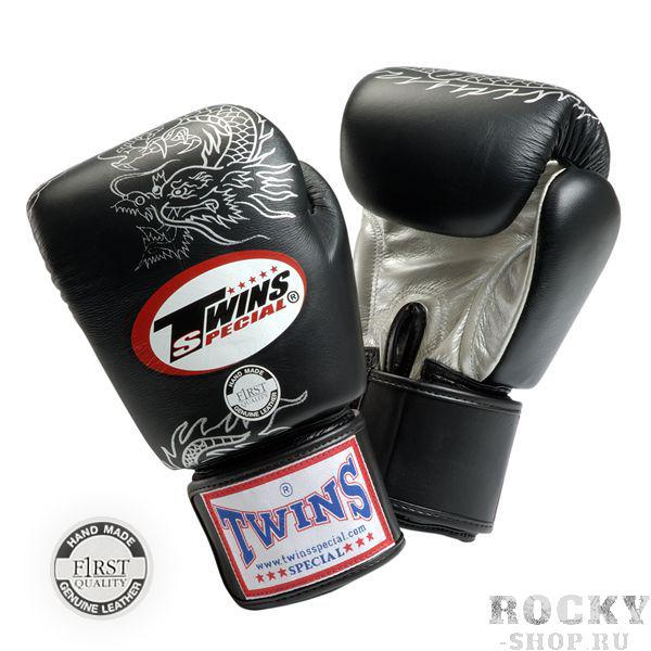 Перчатки боксерские тренировочные на липучке, 8 унций Twins SpecialБоксерские перчатки<br>Перчатки боксерские на липучке от Twins Special. <br> Материал – натуральная кожа высшего качества<br> Ручная работа<br> Удобная застежка на липучке<br> Фиксированный большой палец<br> Идеальное соотношение цена-качество<br> Внутренний материал из многослойной высококачественной пены<br> Изображение дракона на ударной части<br><br>Цвет: Черный