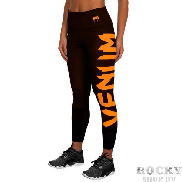 Компрессионные штаны Venum Giant VenumКомпрессионные штаны / шорты<br>Женские компрессионные штаны Venum Giant. С этими компрессионками от Venum вы будете думать только о тренировочном процессе, не отвлекаясь на неприятные ощущения в мышцах ног. Предназначены для улучшения кровообращения в мышцах, что, в свою очередь, способствует уменьшению времени на восстановление полной работоспособности мышцы. За счёт особенностей ткани штаны прекрасно садятся на фигуру, хорошо тянутся, абсолютно НЕ сковывают движения. Приятная на ощупь ткань. Штаны Venum достаточно быстро сохнут. Плоские швы не натирают кожу. Предназначены для занятий кроссфитом, фитнесом, железным спортом и т. д. . Состав: 90% полиэстер, 10% спандекс. Уход: Машинная стирка в холодной воде, деликатный отжим, не отбеливать.<br><br>Размер INT: L
