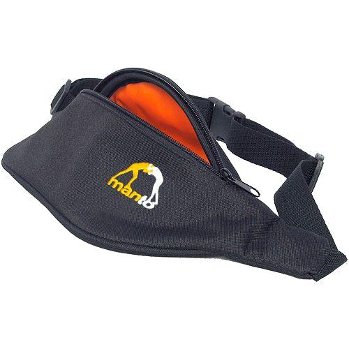 Поясная сумка Manto Logo MantoСпортивные сумки и рюкзаки<br>Поясная сумка Manto Logo. Достаточно вместительная и качественная сумка. Удерживается на поясе. Размер регулируется.<br>