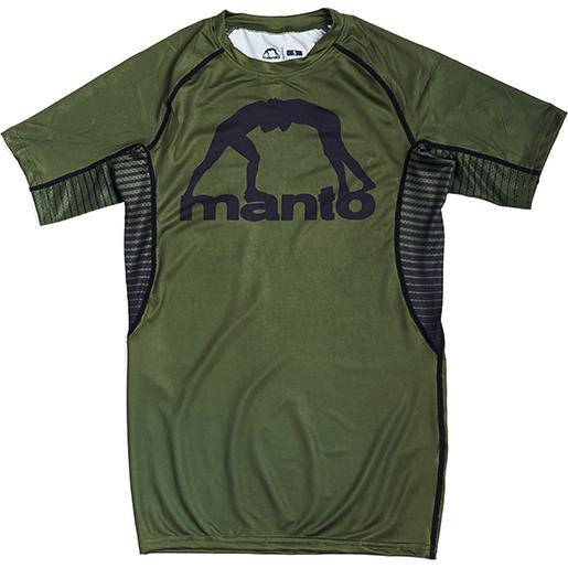 Рашгард Manto Logo Olive MantoРашгарды<br>Рашгард Manto Logo Olive. Рашгард Манто очень высокого качества(как всегда у Manto). Не создает дискомфорта во время тренировки. Ткань рашгарда достаточно сильно тянется. Рашгарды Manto подходят и для контактные видов спорта, и для кроссфита, для занятий в тренажерном зале, для тренировок и в спортивном клубе, и на улице! Рашгард хорошо сядет и на плотную фигуру, и на достаточно худощавого бойца. Рисунок полностью сублимирован в ткань. А это значит- рисунок не сотрется и не поблекнет после стирок. Короткий рукав рашгарда обеспечит масксимальную свободу рукам во время тренировок. Состав: 82% полиэстер, 18% эластан.<br><br>Размер INT: S