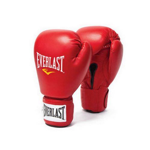 Перчатки для бокса Everlast Amateur Cometition PU, 12 OZ EverlastБоксерские перчатки<br>Пенный четырехслойный наполнитель С4 Foam отлично амортизирует удары, уменьшая их воздействие. Качественная липучка на манжете wrap-round прослужит долгие годы не теряя своего сцепления. Соответствуют естественной форме кулака для максимального комфорта. Изготовлены из качественной синтетической кожи.<br><br>Размер: Красные