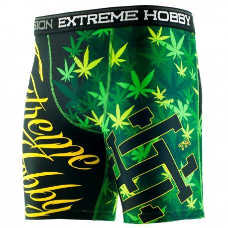 Шорты вале тудо combat 13 Extreme HobbyКомпрессионные штаны / шорты<br>Шорты изготовлены из высококачественного материала. Влагоотводящий материал позволяет оставаться телу сухим, а мышцы разогретыми. Рисунок нанесен по системе сублимации. Эластичная резинка на поясе предотвращает от соскальзывания во время боя.<br><br>Размер INT: M