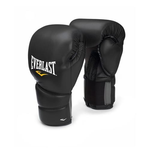 Перчатки боксерские Everlast Protex2, 10 OZ EverlastБоксерские перчатки<br>Тренировочные перчатки с максимально жёсткой фиксацией запястья. <br> Максимально жёсткая фиксация запястья<br> Застёжка липучка с дополнительной компрессионной резинкой<br> Система отвода влаги Ever Cool<br> 100% эргономичный дизайн<br> Материал - синтетическая кожа<br> Удобный транспортировочный чехол на молнии<br> Цвет - чёрный<br><br>Размер: S/M