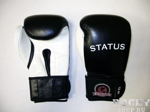 Боксерские перчатки тренировочные на липучке, 8 oz STATUS BoxingБоксерские перчатки<br>Тренировочные перчатки высокого качества на застёжке-липучке. <br> Изготовлены из высококачественной натуральной кожи<br> Фиксация большого пальца<br> Гладкая атласная подкладка<br> Наполнение - латекс высокого качества<br> Застёжка шириной 7,5 см. , на липучке<br> Ручная работа<br> Удобная упаковка для транспортировки и хранения<br><br>Цвет: Черный/белый