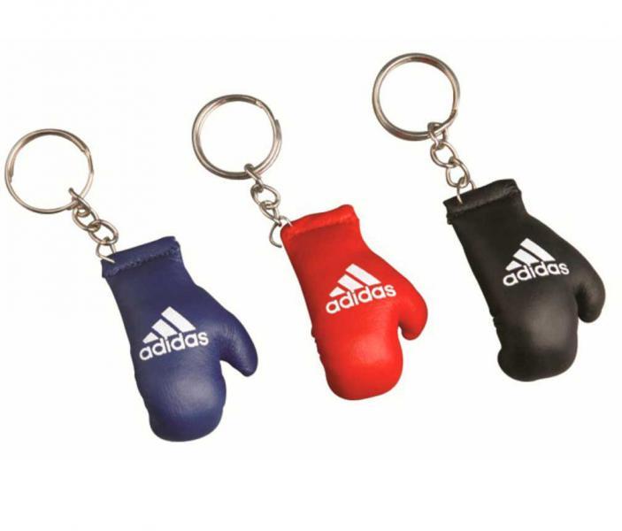 Брелок для ключей Adidas Mini Boxing Glove AdidasСувенирная продукция<br>Брелок для ключей. Материал: кожа.<br><br>Цвет: Синий